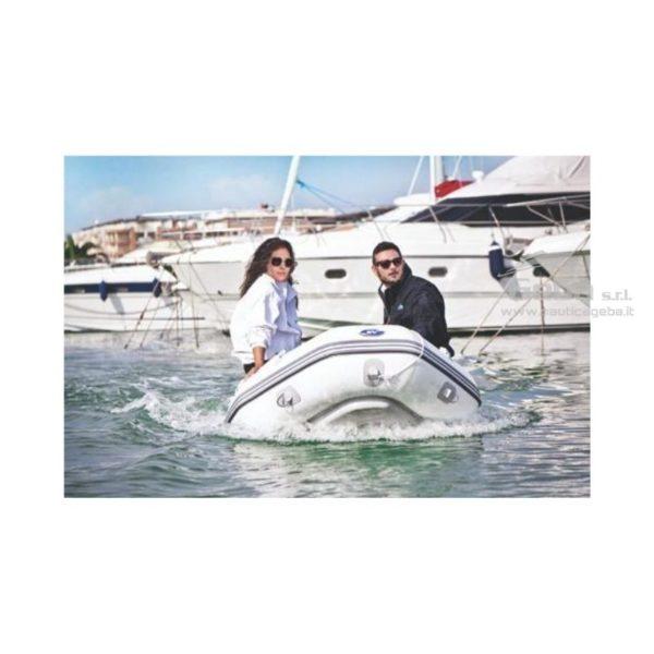 tender barca ripiegabile riponibile nautico con chiglia rigida da pesca e trasporto persone. Disponibile acquisto online. Diverse grandezze.